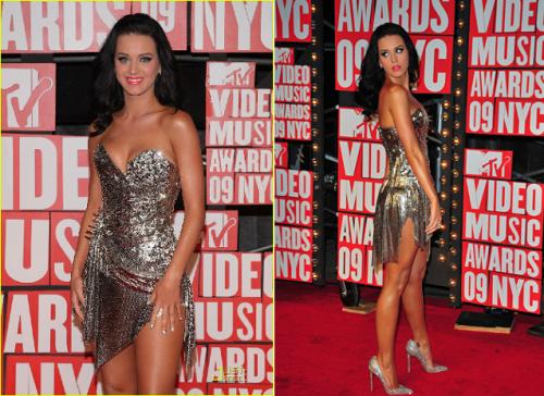 Katy Perry 2009 VMAs